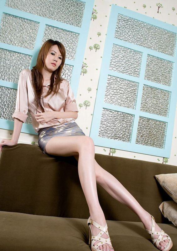 张檬黑丝袜_高跟长腿丝袜美女Jessie私房写真-YY美图大全