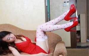 娇羞长腿美女高清丝袜私房写真