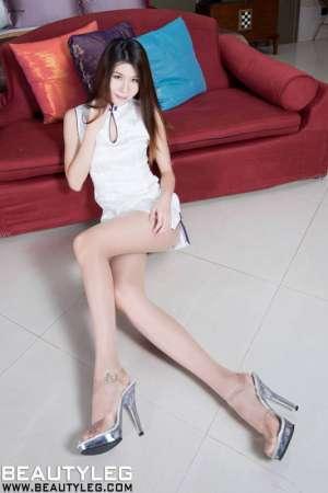 台湾气质淑女Sarah长腿高清私房写真