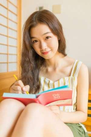 韩国小可爱妹妹明眸红唇娇美可人私房情趣生活性感照