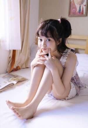 萌系正妹美女慵懒晨起居家睡衣可爱俏丽撩人生活图片