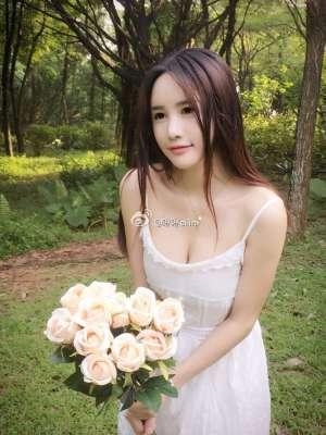 斗鱼美女主播琳琳ailin(黄锦琳)微博私拍写真