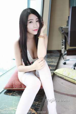 秀人网网络主播美女谢芷馨Sindy私房照写真