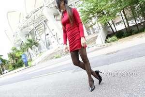 爱蜜社性感丝袜美女Winki丝姬美腿丝袜外拍写真
