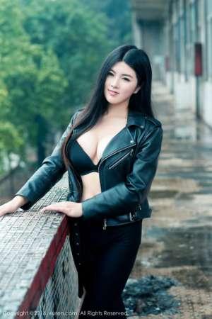 秀人网中国内地模特娜露Selena私拍写真图片