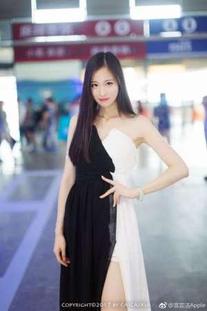大长腿模特美女富芸洁Apple2017ChinaJoy三七互娱SG