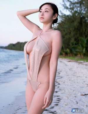 日本G奶女神杉原杏璃海边巨乳诱惑写真