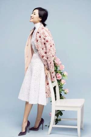 徐静蕾清新长裙迷人写真