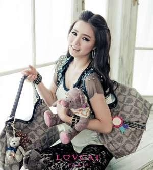 韩国气质美女申世京高清写真