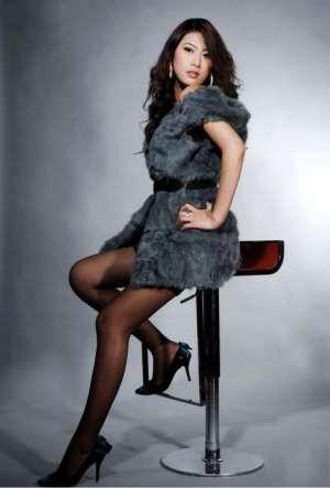 美腿模特性感黑丝诱人写真