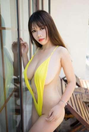 黄色比基尼美女瑞莎Trista性感写真套图