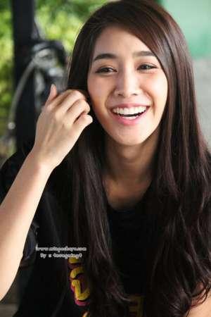 泰国美人Min治愈系笑容图片