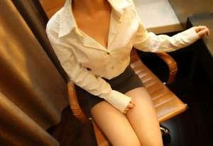ROSI粉色内衣美女私房美胸诱惑写照