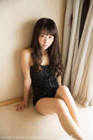 半裸美女Suki朱忆音私房诱惑写真