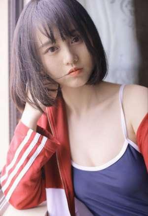 白嫩水灵少女美腿裸足日式泳衣性感写真