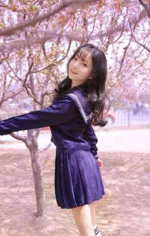 日本校园女神青涩稚嫩性感曲线极品美女图片
