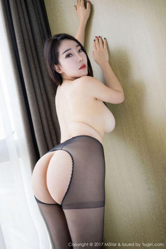 丰胸肥臀模特@歆颜 写真图片