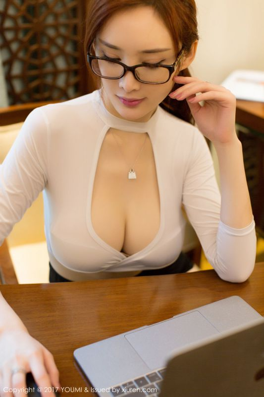 土肥圆矮挫穷 - 女秘书制服诱惑