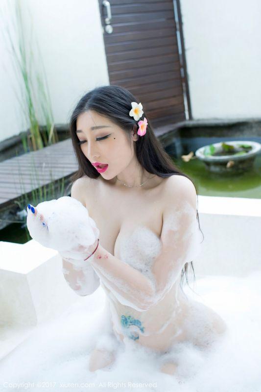 妲己_Toxic - 衬衣半透明湿身游泳+全身泡泡浴