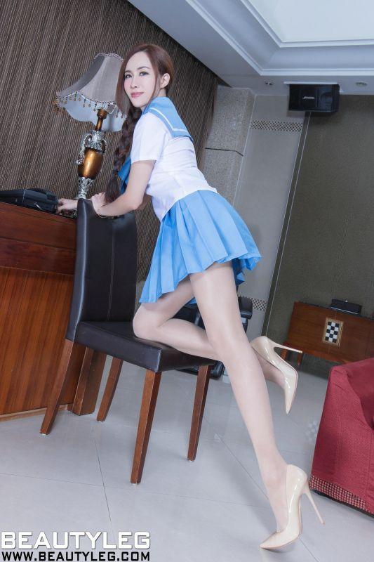 Dora - 高叉皮衣+水手制服