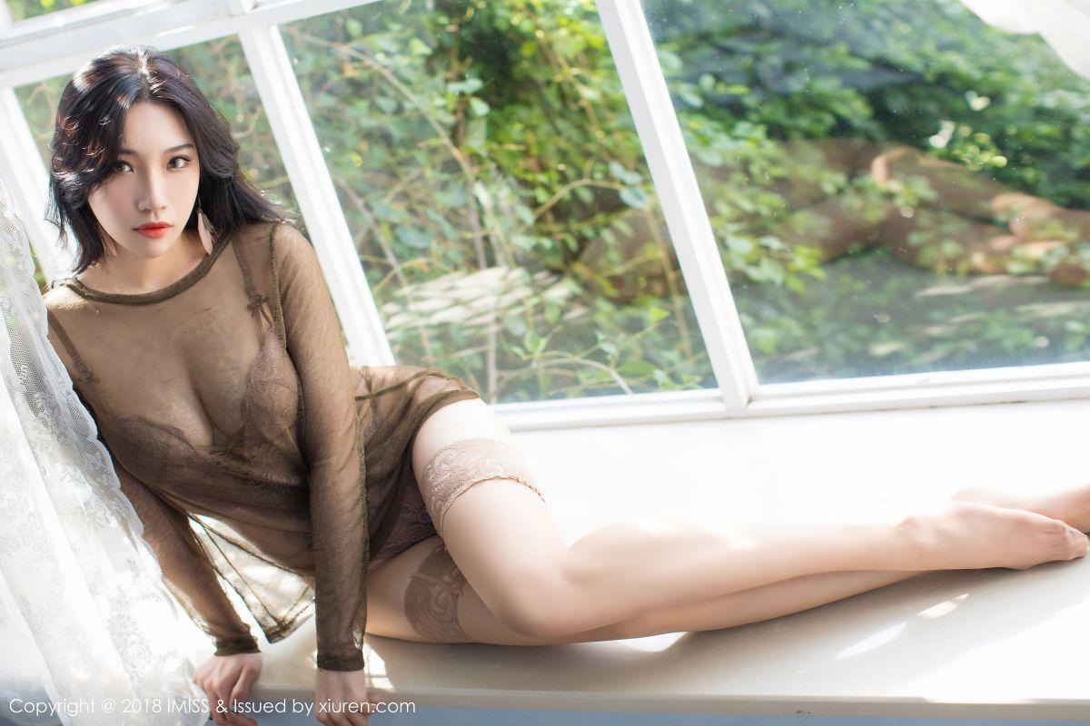 小狐狸Sica - 极致诱惑的丝袜美腿系列