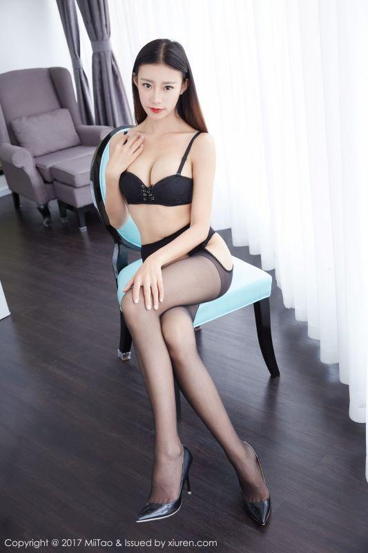 安琪拉Angela - 内衣和黑丝
