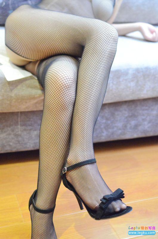 情趣黑色连体网袜高跟 写真套图