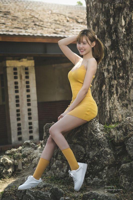 [台湾美女] QueenieQ尼 - 清新街拍作品 写真图片