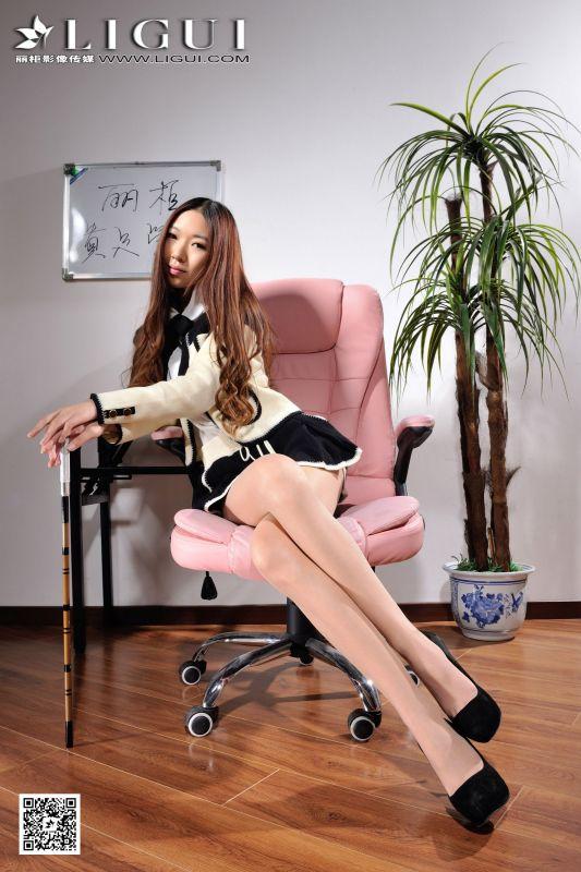 文欣 - 超短裙+高跟美腿 [上]