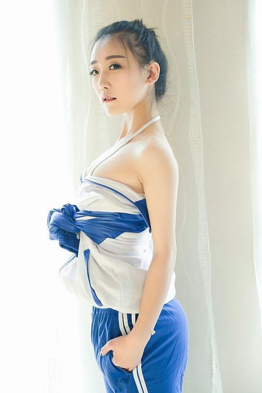穿上校服好清纯[50P]