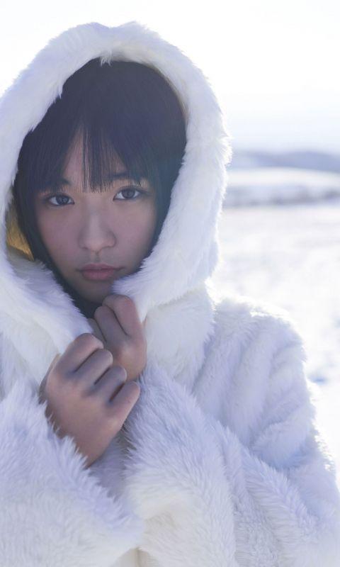 浅川梨奈「忘れられない冬に」