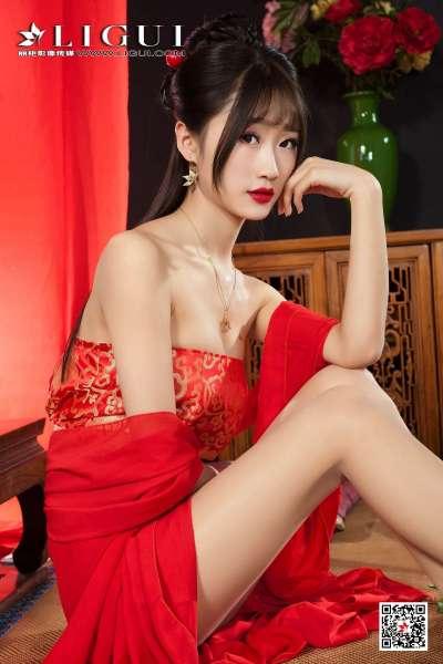 Model 王炜炜 - 古典丝足写真