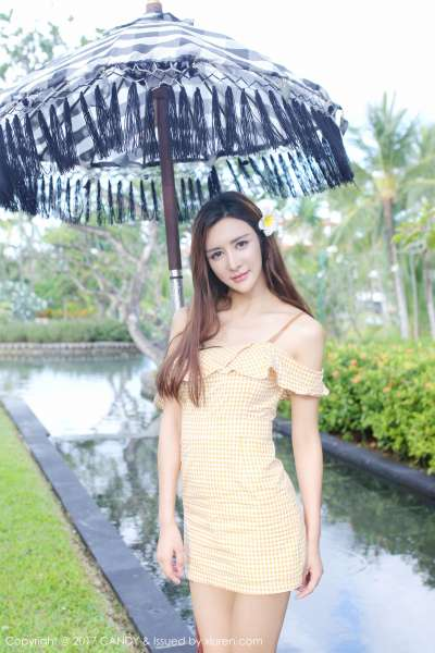 伊莉娜 - 巴厘岛旅拍第三套写真