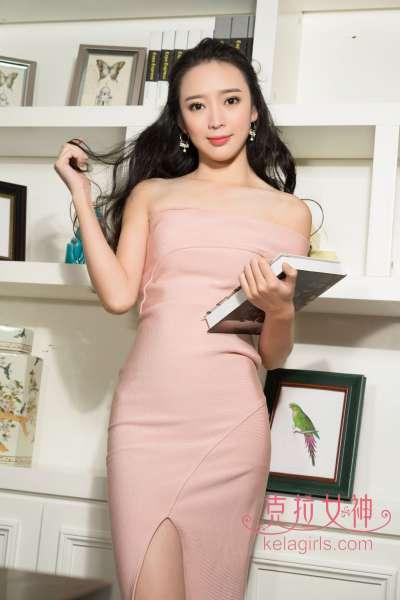 美女珊珊 - 董事长秘书 写真套图