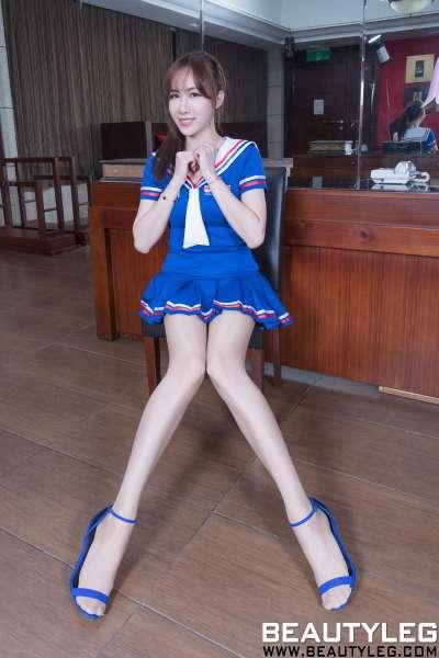腿模Dora - 美腿高跟写真