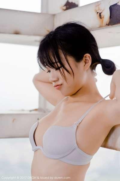 仓井优香 - 天台演绎日系风采