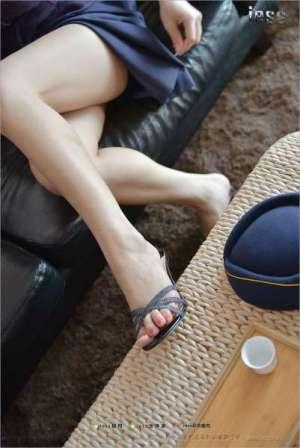 长腿美女~裸足盛宴