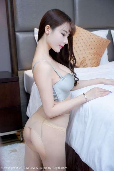 雪瑞Lisa - 睡衣+女仆装+学生装+蕾丝袜+黑丝 写真套图