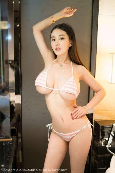 模特@易阳Silvia - 新年大福利~
