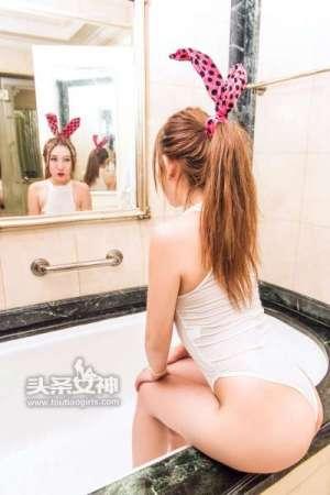 美纳子 - 丰胸巨乳美少女
