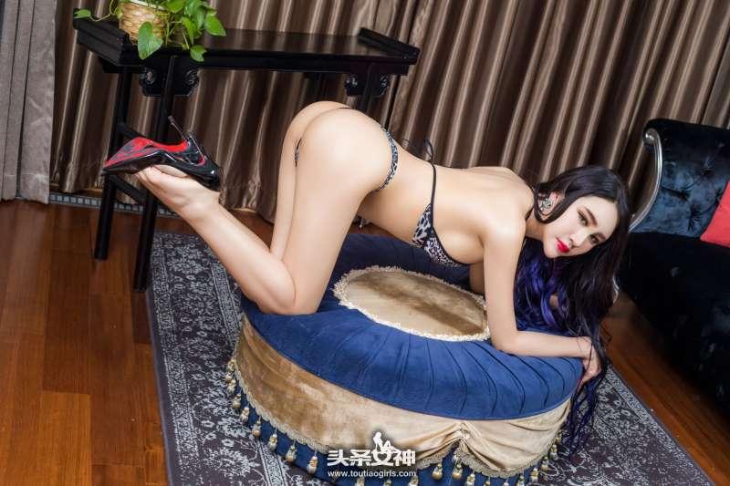 信悦儿 - 豹纹美腿写真图片