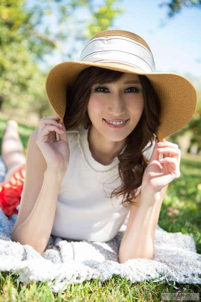巨乳翘臀日本美女