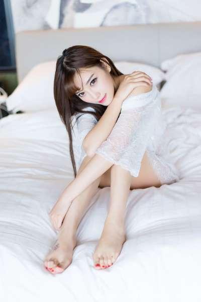 杨晨晨sugar - 甜美女神蕾丝床照
