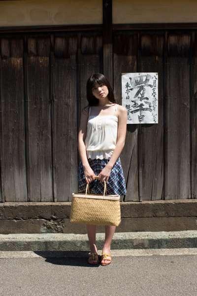 矢岛舞美-清新唯美街拍系列套图欣赏