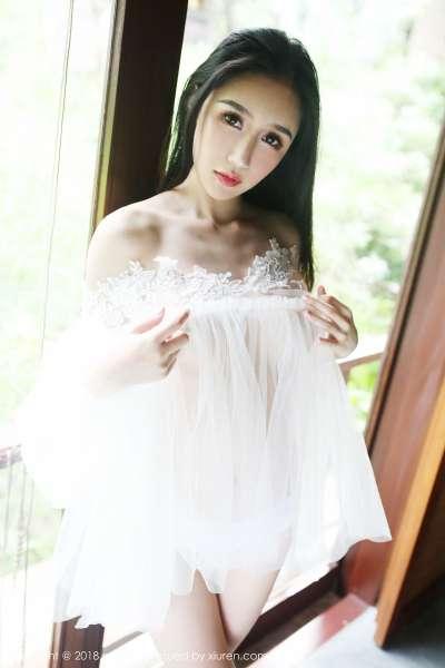 御姐女神@于大乔普吉岛旅拍巨乳诱惑写真