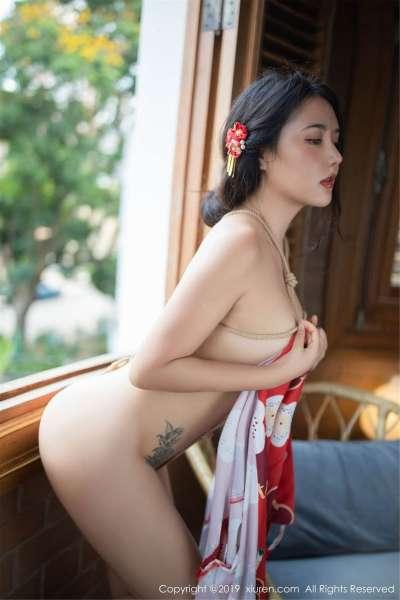 女神@Manuela玛鲁娜迈阿密旅拍翘臀写真