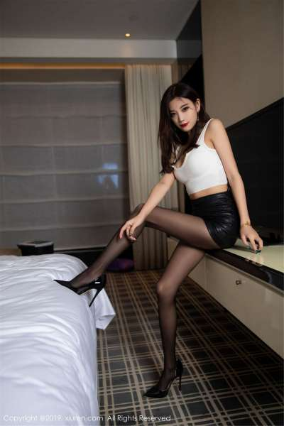 性感女神@杨晨晨sugar丝袜美腿写真套图