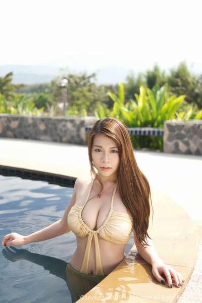 vetiver嘉宝贝儿(嘉哥)-一月泰国旅拍的第二套写真