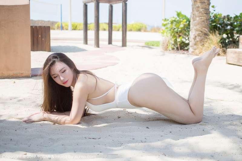Egg-尤妮丝 - 迪拜旅拍第二套长腿翘臀写真图集