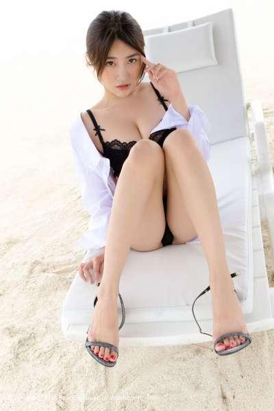 许诺Sabrina - 沙滩花样 长腿写真套图